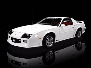 1991 Chevy Camaro Z28 White  Front Angle  Poster 24 X 36