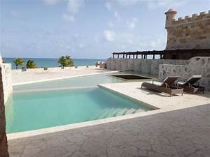 Adults only pool at the fortress picture of sanctuary for Sanctuary cap cana honeymoon suite