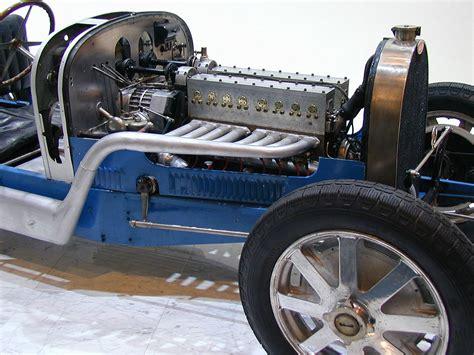 Bugatti Old Engine.jpg