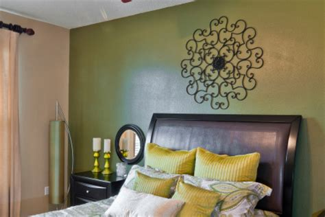 Bedroom Wall Paint Sheen by Choosing A Painting Sheen Type Wallnuts Painters