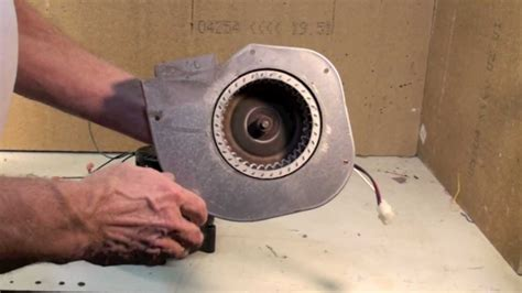 Troubleshoot The Gas Furnace Inducer Youtube Lennox
