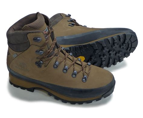 本格的な縦走用登山靴 DOLOMITE Valles 使用感想レポ! | 登山・クライミング用装備・持ち物・服装の個人的考察