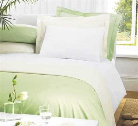 Luxury Ambassador Percale Polycotton 4ft Fitted Sheet