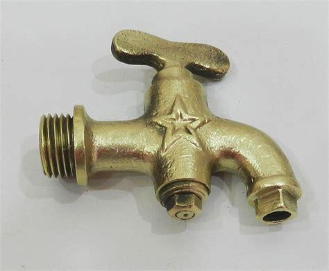 robinet cuisine ancien charmant petit robinet ancien en laiton ebay