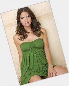 Shelley Hennig   Official Site for Woman Crush Wednesday #WCW