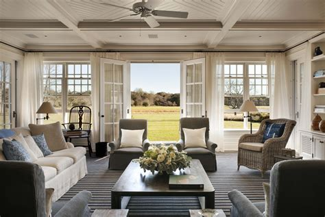 A Summer Cottage In The Hamptons