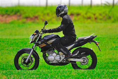Ficha técnica da Yamaha YS 250 Fazer 2011 a 2014