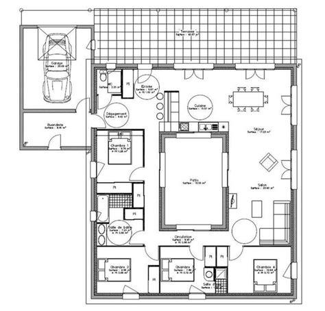 plan maison plein pied 4 chambres plan maison plain pied avec patio interieur 1 house
