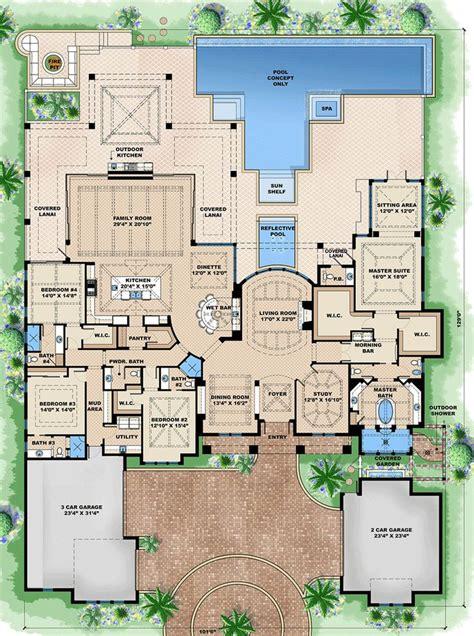 luxury house floor plans best 25 luxury floor plans ideas on house