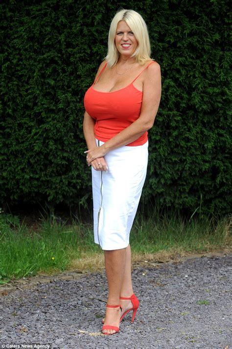 Large Granny Boobs Sexy Amateurs Pics