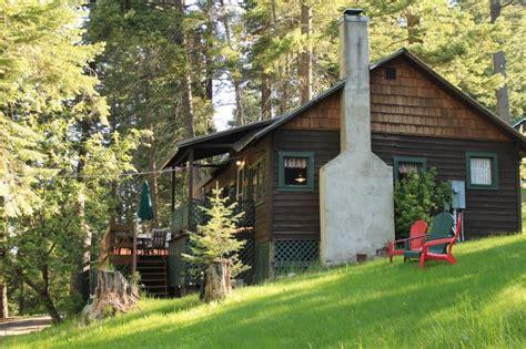 wallowa lake cabins pine cone cottage 11 wallowa lake cabin with tub