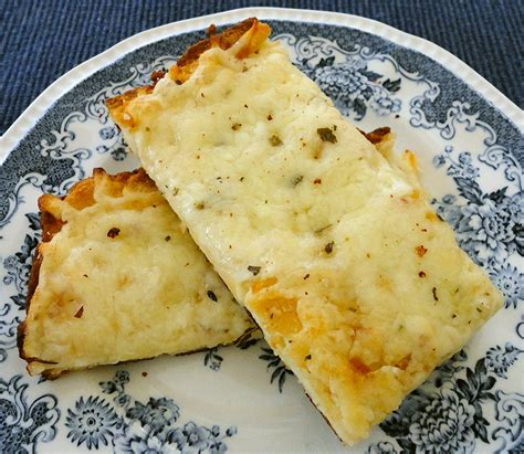 In The Kitchen With Linda Recipe Review Cheesy Garlic Bread