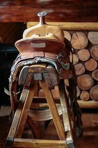 Tabouret De Bar De Selle Photo Stock Image Du Ornement