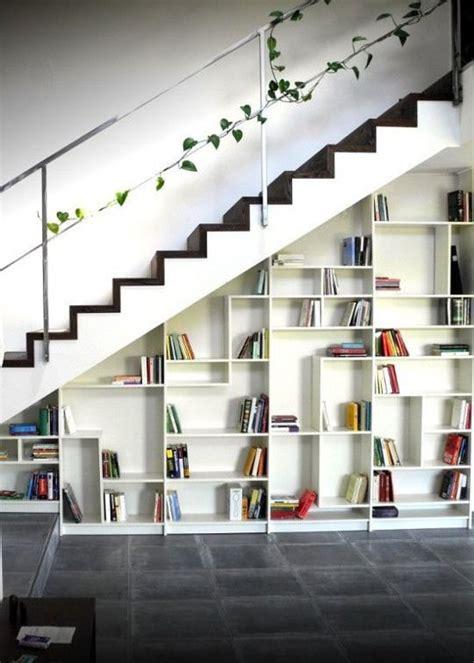 bibliotheque en escalier ikea etagere en escalier ikea swyze