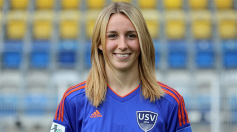 partner liga information allianz frauen bundesliga vereine allianz frauen bundesliga ligen frauen 310 | custom style 1 Julia Roessner