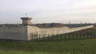 la directrice de la prison de villepinte refuse d accueillir de nouveaux d 233 tenus 3