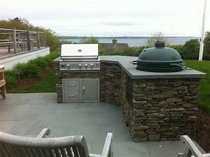 decor wondrous modular outdoor kitchens with fancy With kitchen cabinets lowes with stone wall art for outdoors