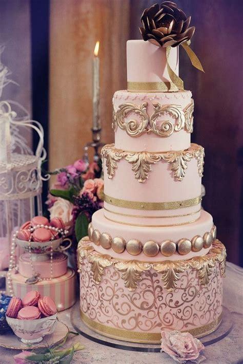 wedding cakes  classical details deer pearl flowers