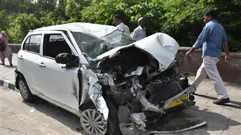 Road Accidents Killed 17 People Every Hour In India In