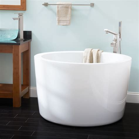 japanese soaking tubs 41 quot siglo japanese soaking tub bathroom