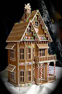 Christmas on Pinterest | Gingerbread Houses, Garlands and ...