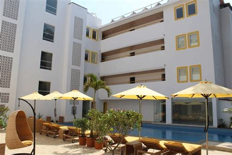 mumbai house calangute candolim junction goa hotel