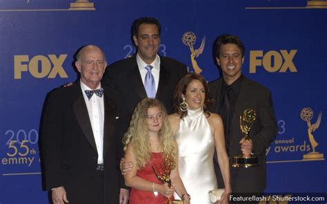 everybody raymond cast 10 popular tv shows with the highest paid casts gobankingrates