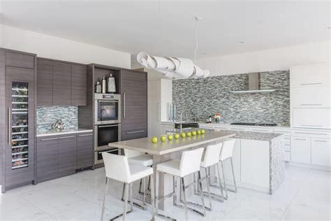 t shaped island kitchen miami on the bay home design magazine 5966