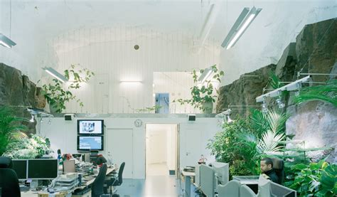 Cavernous Cool Interior by Inspiring Offices 10 Creative Workspace Environments