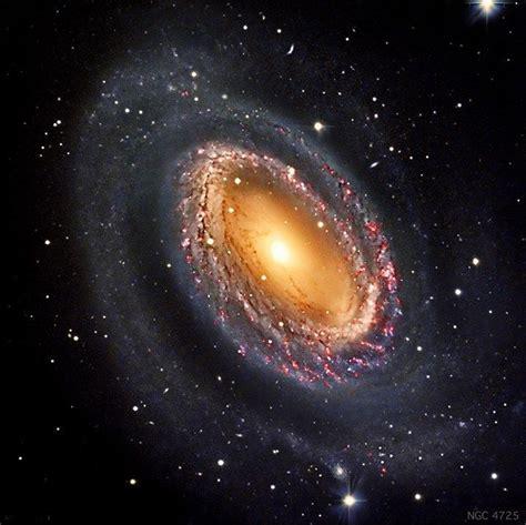 Las galaxias espirales pueden recordarte un molinillo. Galaxia Espiral Barrada 2608 : La galaxia espiral barrada ...