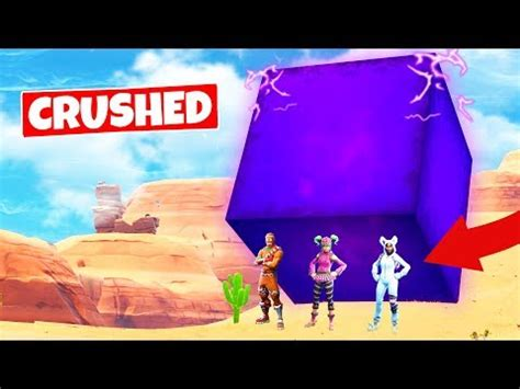 crushed   giant cube  moving fortnite battle
