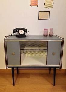 meuble tv industriel en acier et plateaux en bois epais With meubles pour petits espaces 15 bureau console bois metal industriel sur mesure micheli