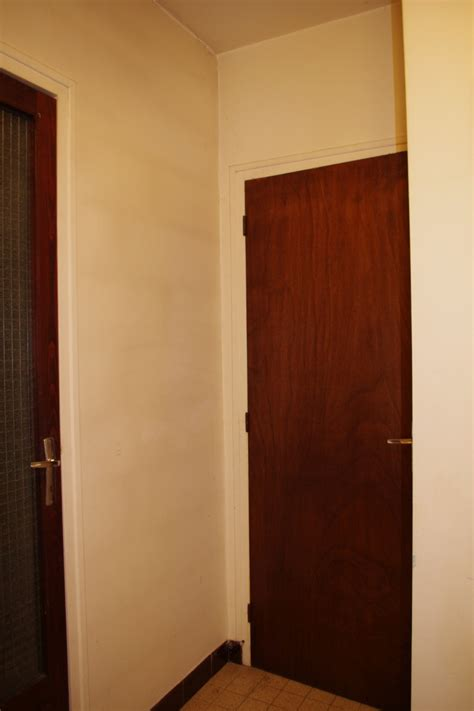 peinture pour mur de chambre dégagement vers chambre et garage à peindre help couleurs