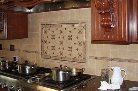 pin  lynn   kitchen backsplash  white cabinets