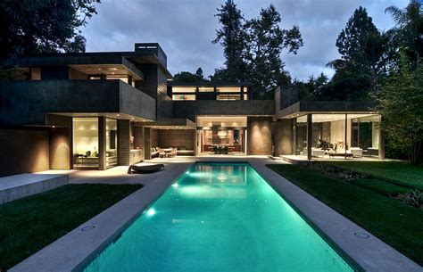 modern dream home   forest  chugooding architects