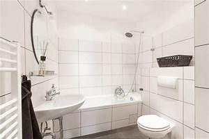 Badezimmer Heizung Handtuchhalter : die besten 25 gefliestes badezimmer ideen auf pinterest badezimmer u bahn fliesen b der und ~ Buech-reservation.com Haus und Dekorationen