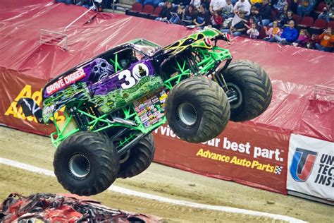 grave digger monster trucks the history of the grave digger monster truck the news wheel