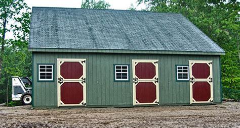 horse barn interior  barn horizon structures