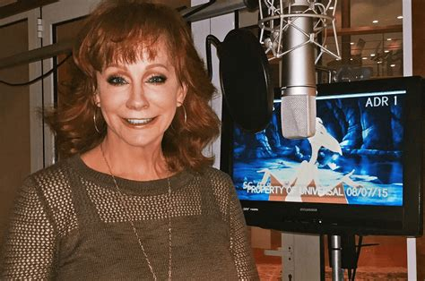 reba mcentire up close and personal reba mcentire to voice new character in land before time