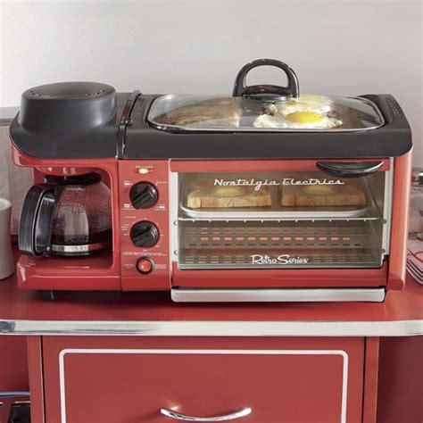 nostalgia electrics    breakfast station petagadget