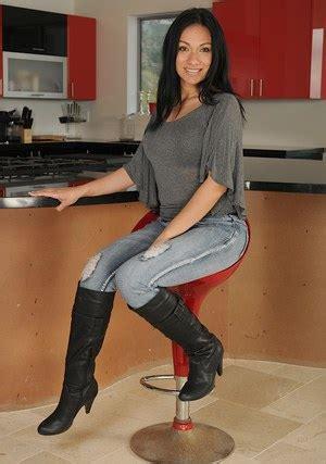Hot Latina Milf Eva Estrella Modelling Solo In Knee High Boots And Jeans Pornpics Com