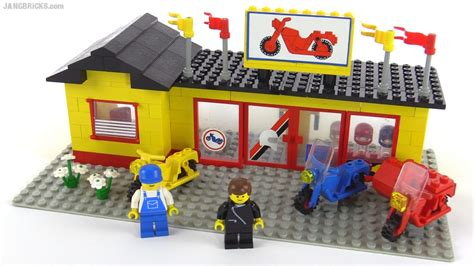 Vintage Lego Boat Sets by Lego Classic Town Motorcycle Shop From 1984 Set 6373