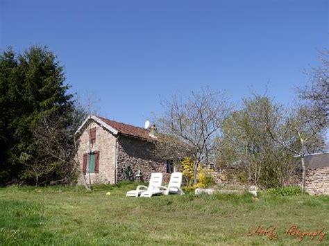 chambre d hote morvan boerderij met 2 gites bijgebouwen en 1 5 hectare te koop