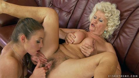xxx old lesbians jpg 1913x1073