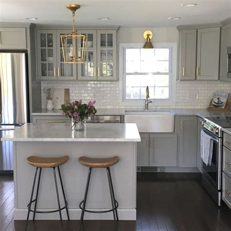 images galley kitchens kitchens with gray cabinets home design ideas and pictures 1811