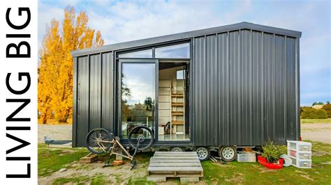 architect builds the grid tiny home to