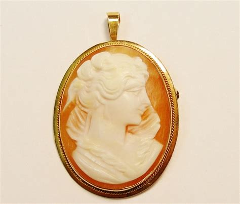 antique vintage italy italian  yellow gold carved