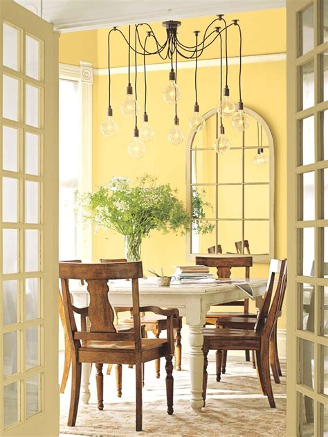 25 best ideas about yellow dining room yellow dining room paint yellow rooms