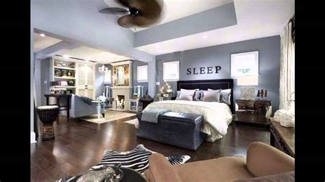 Master Bedroom Decorating Ideas Blue Walls by Bedroom Wall Decorating Yellow Blue Colors Hgtv Bedrooms