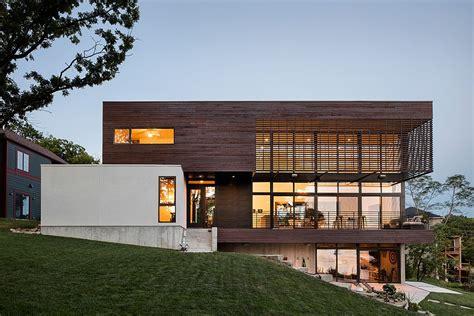 serene lakeside contemporary home leaves  urban rush